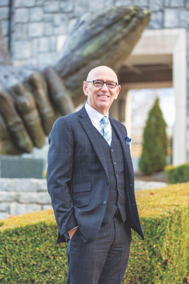 Dr. Gilles LaMarche