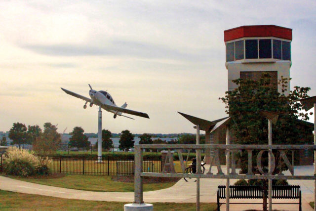 town center comm alliance plane